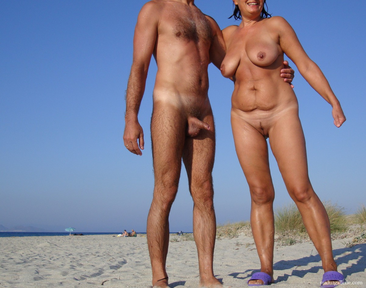 Bet Kendra's my wife on a nudist beach lot