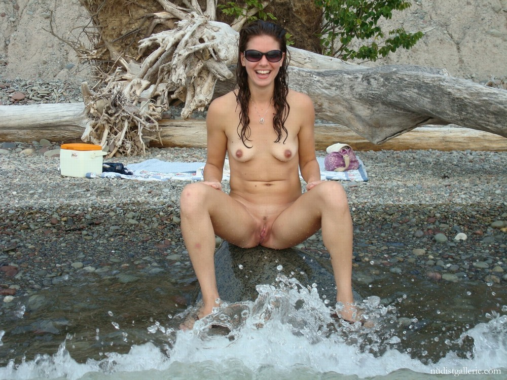 beach nude girl happy