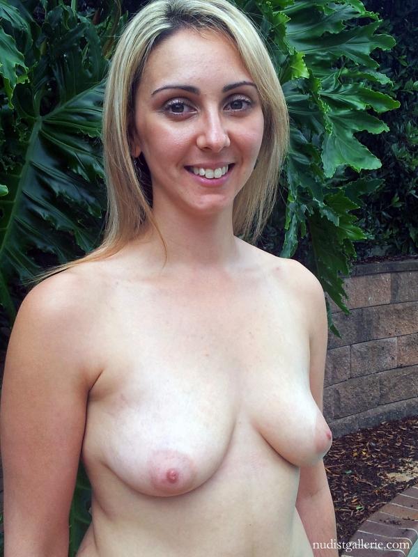 Aussie Nudist Melanie - Nudist Pictures And Photos-4424