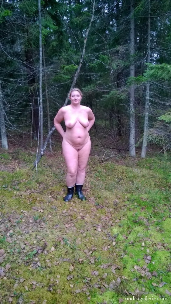 Nudist family photos and videos  Nudism Freedom