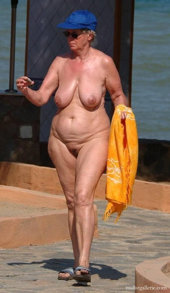 slideshow   nudism photo and video gallery