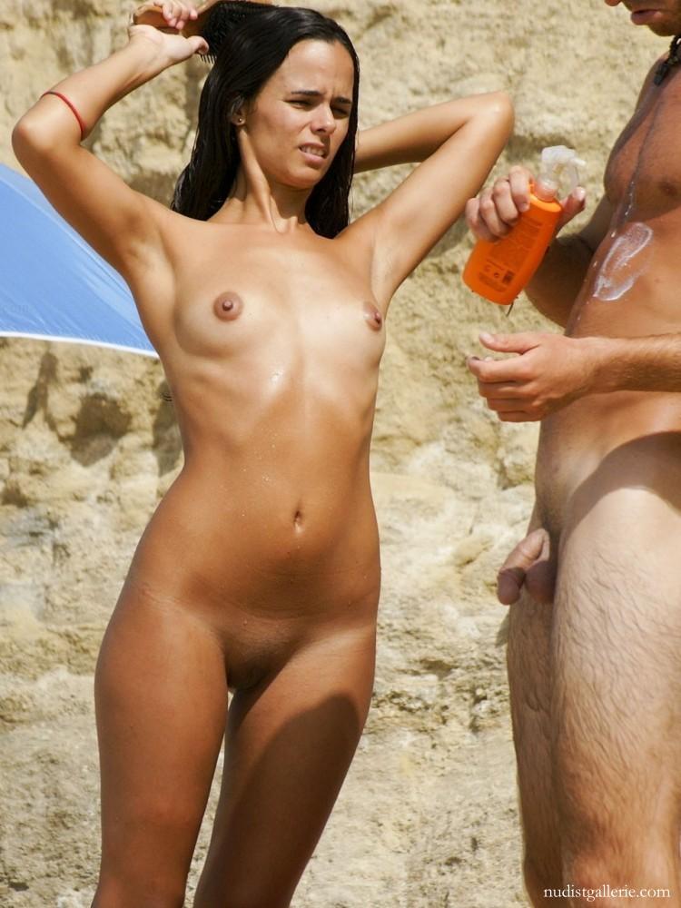 Nudista  Mature Album
