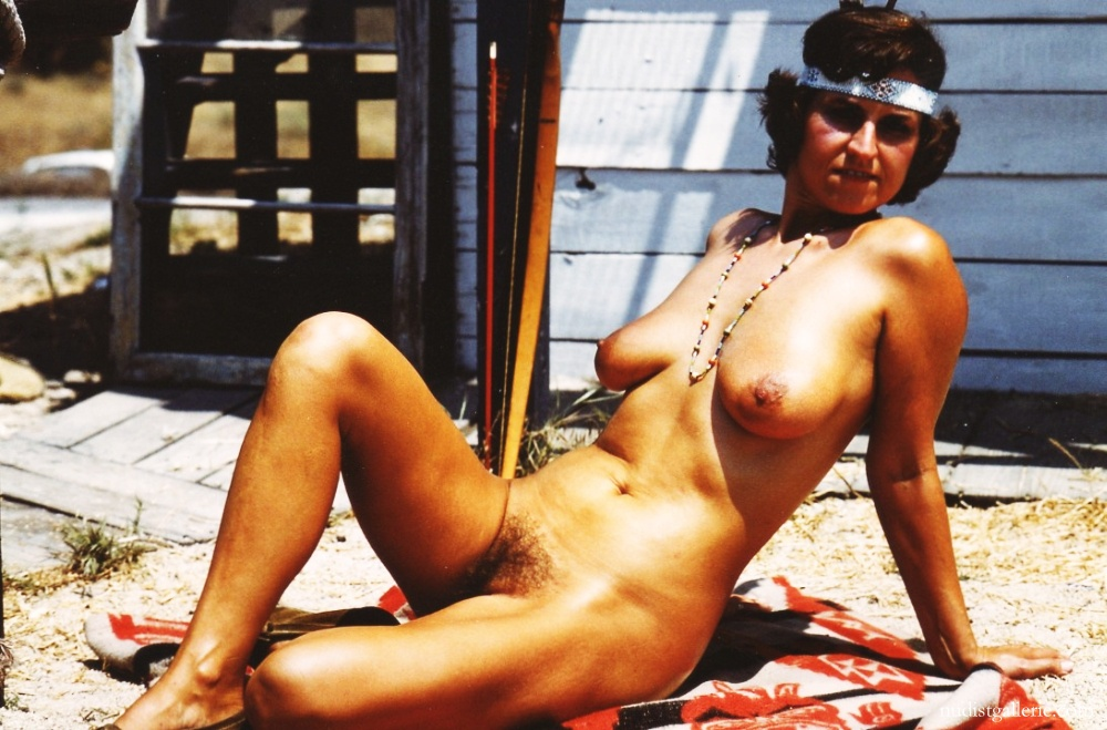 retro-hairy-hot-nudist-women