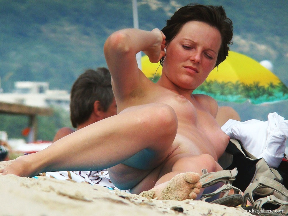 naked beach shaved pussy picture   nudist pictures photos and videos