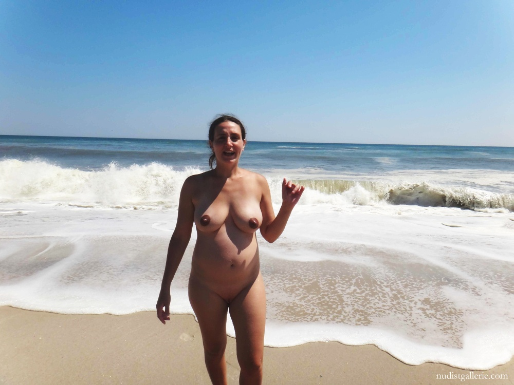 Beach at pregnant woman nude