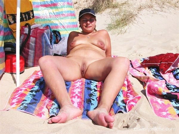 Nudist at the beach and shaved precisely