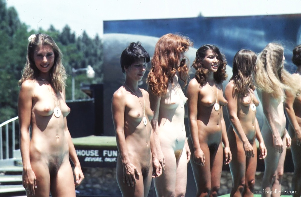 nudist retro women   nudist pictures and photos