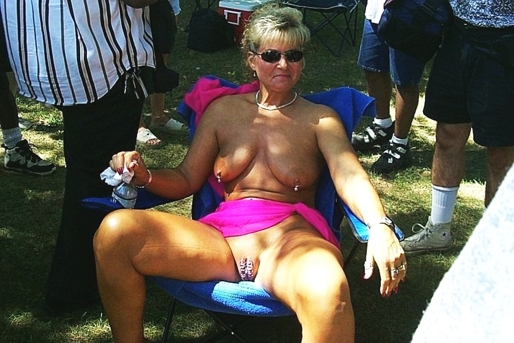Mature women with pierced pussy