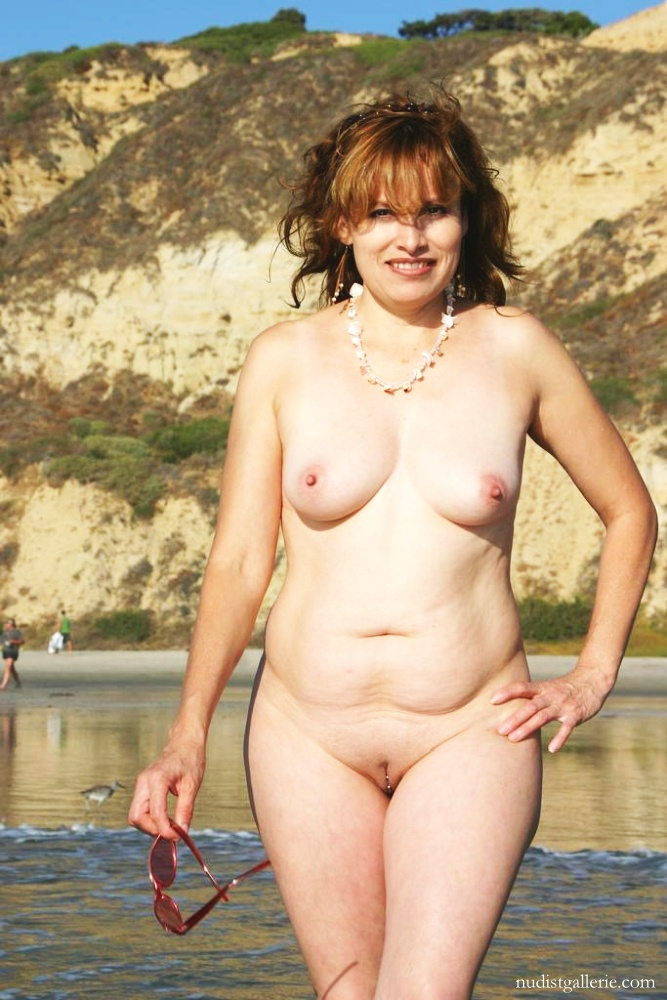 zrelie-nudistki-video