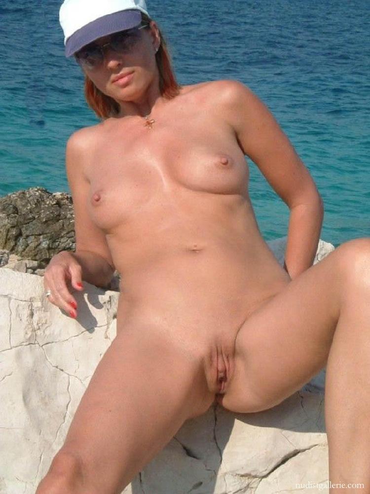Mädchen und women nudist she?