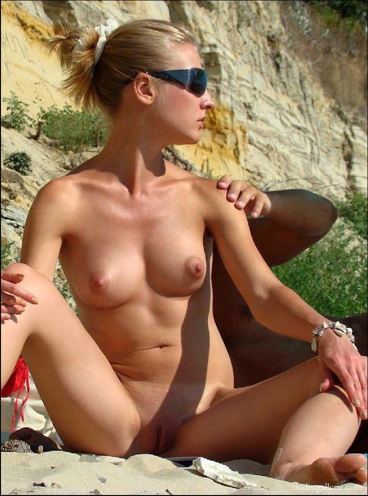 naked nudist females   nudist pictures photos and videos