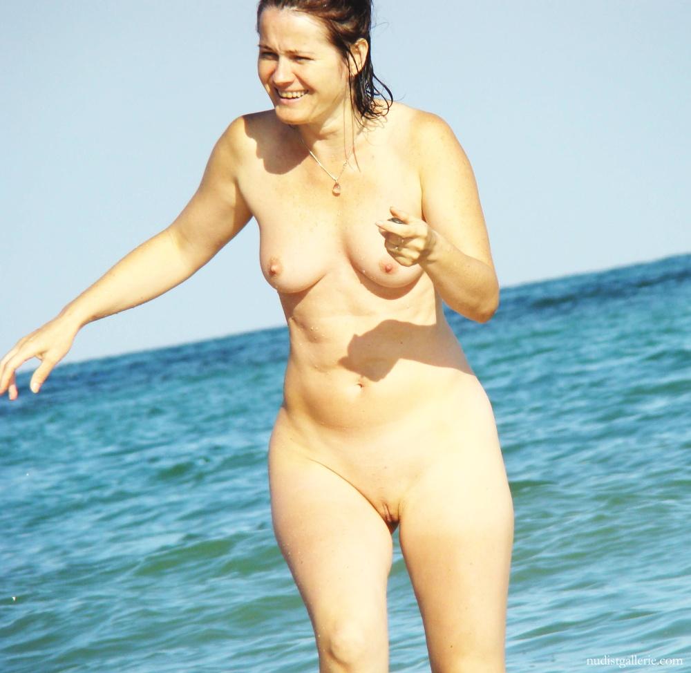 Blue lagoon nude video