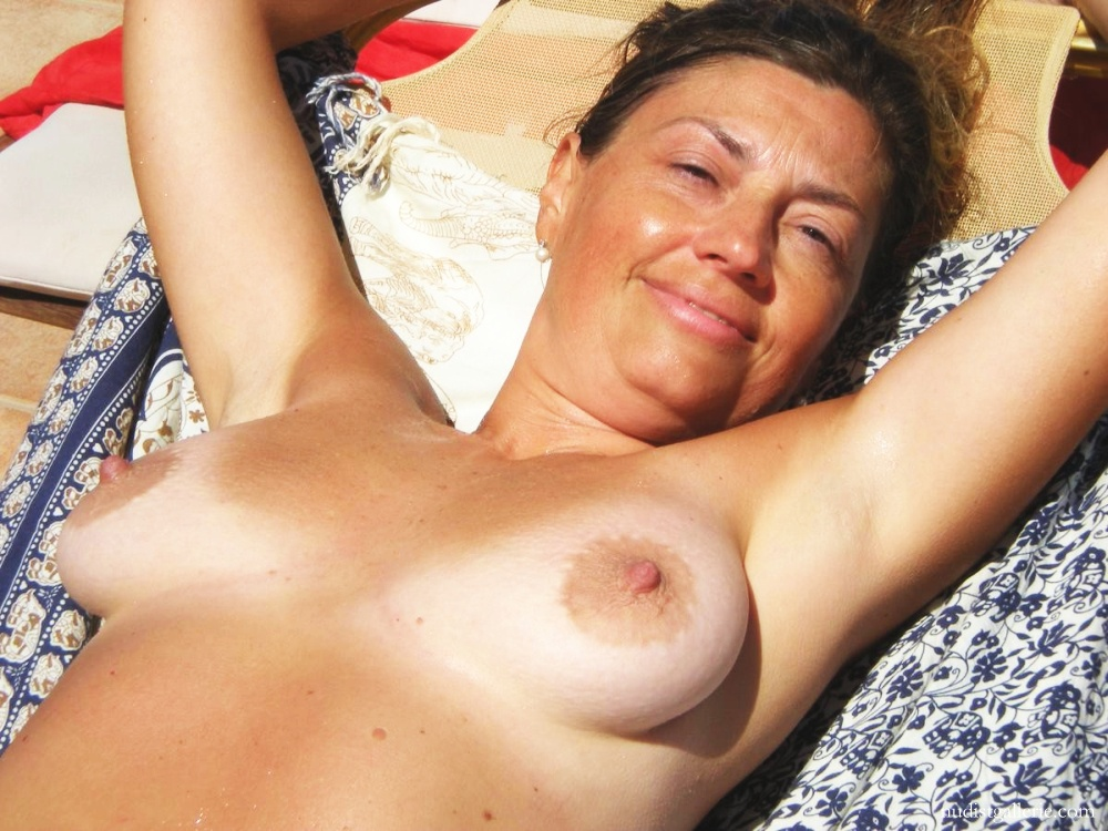 Not absolutely Topless middle aged women