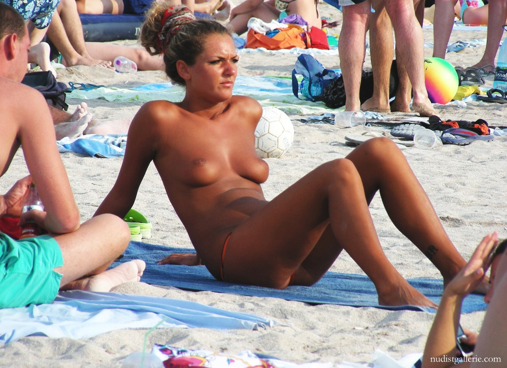 Picturea of topless women on beach you the